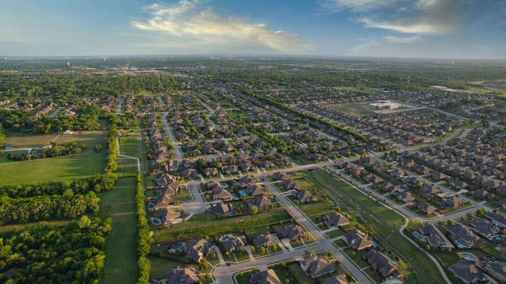 Tips-on-Buying-a-Home-The-Neighborhood--